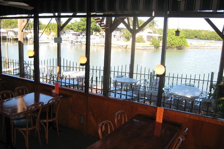 Dog Friendly Restaurants In Marco Island Fl Bring Fido