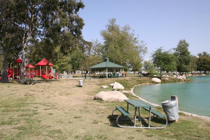 Pet Friendly Rancho Jurupa Park