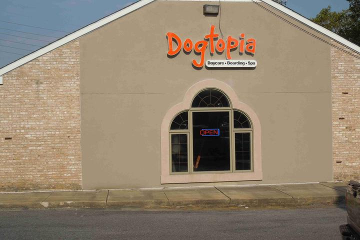 Pet Friendly Dogtopia of Elsmere