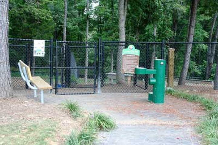 Pet Friendly Pavillion Recreational Complex Dog Park
