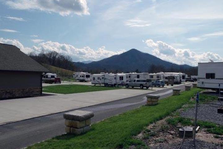 Pet Friendly Cove Creek RV Resort