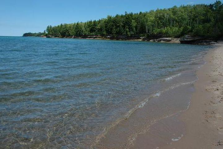Pet Friendly Murray Bay Group Campsite On Grand Island