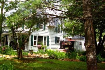 Pet Friendly Gable Haus Country Inn & Cottages