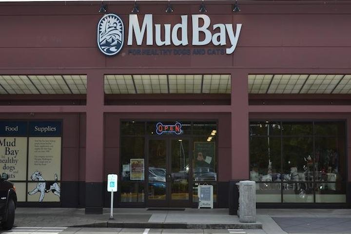 Pet Friendly Mud Bay