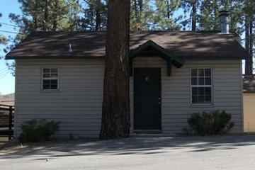 Pet Friendly Big Bear Lakewood Cabins