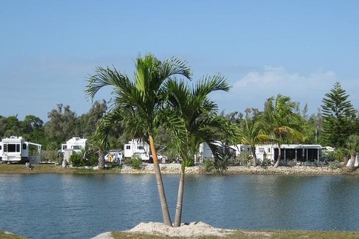 Pet Friendly Fort Myers / Pine Island KOA