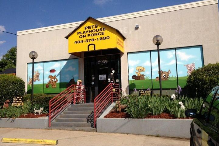 Pet Friendly Pet's PlayHouse on Ponce