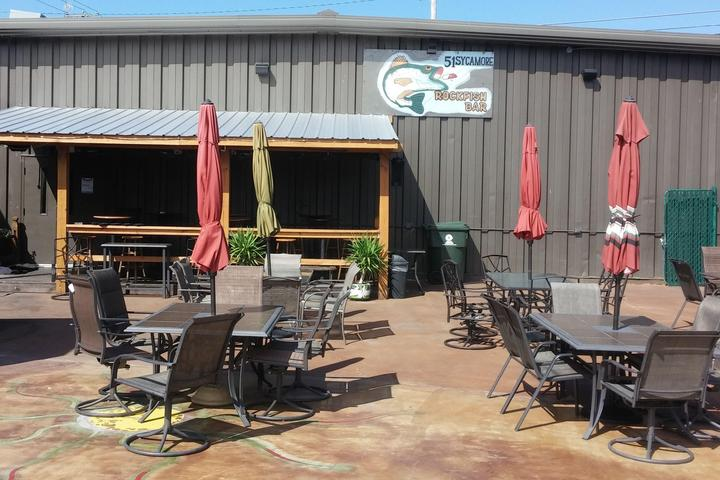 Pet Friendly 51 Sycamore and Rockfish Bar