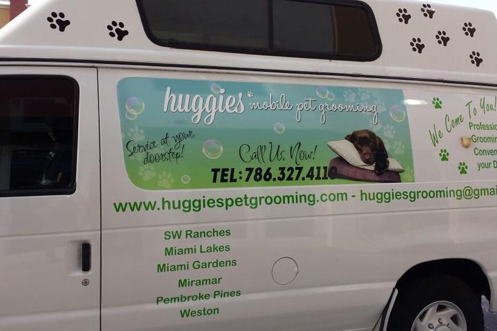 Pet Friendly Huggies Mobile Pet Grooming