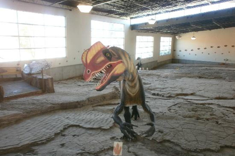 St George Dinosaur Discovery Site At Johnson Farm