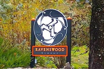 Pet Friendly Ravenswood Winery