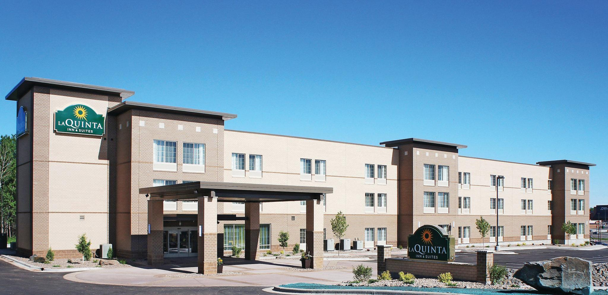 pet friendly hotels in duluth, mn bring fidopet friendly la quinta inn \u0026 suites duluth in duluth, mn