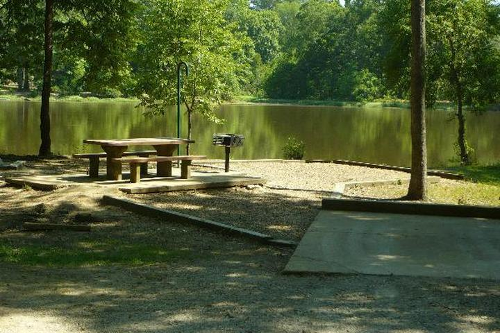 Pet Friendly Lefleurs Bluff Campground