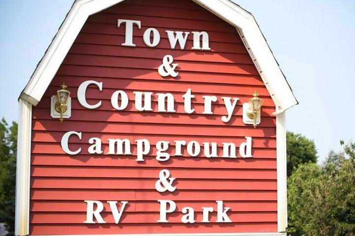 Pet Friendly Town & Country Campground