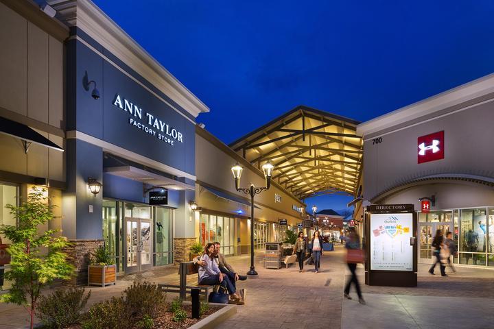 Pet Friendly Asheville Outlets