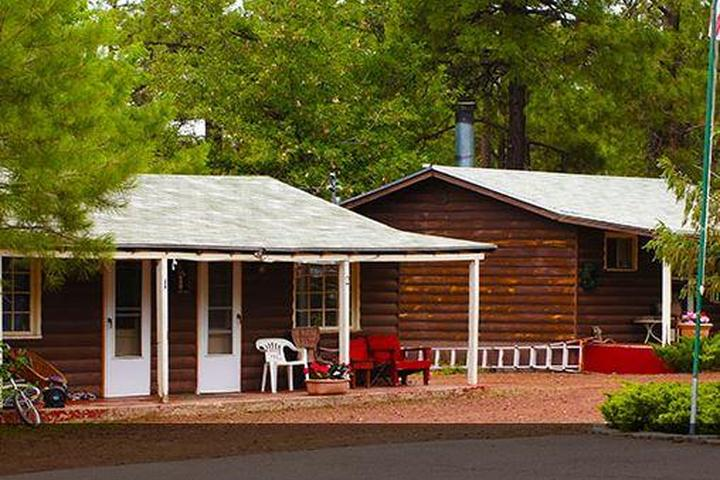 Pet Friendly Blue Ridge Motel and Cabins