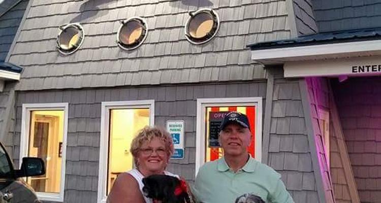 Coleman S Original Calabash Seafood Restaurant Is Pet Friendly