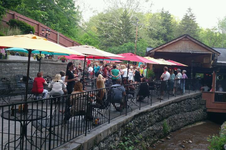 Pet Friendly Sunny Jim's Tavern