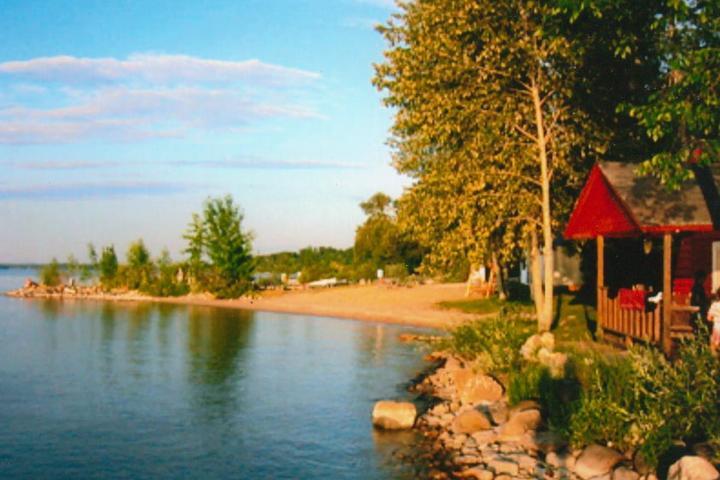 Pet Friendly Log Cabin Resort & Campground