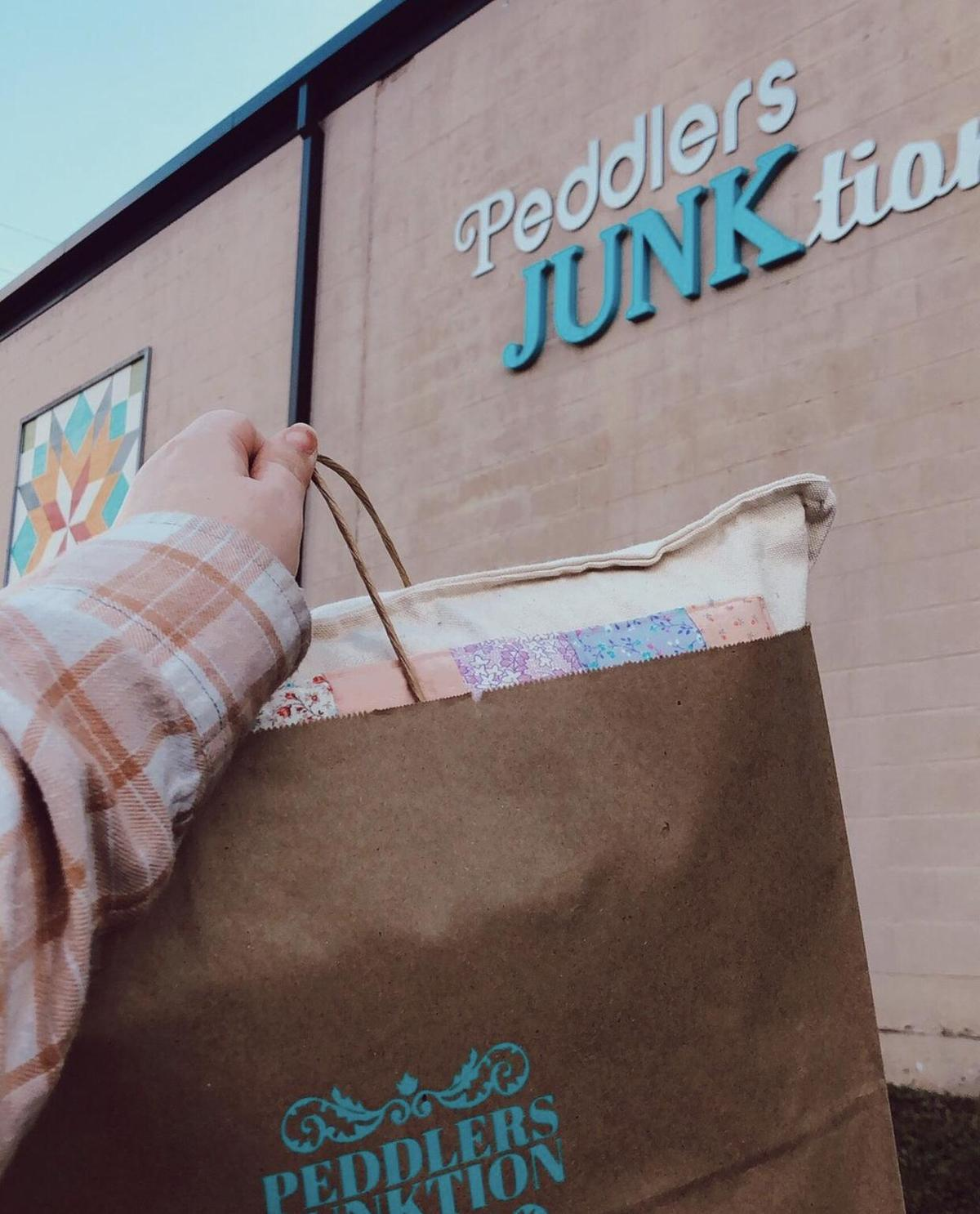 Shopping At Peddlers Junktion