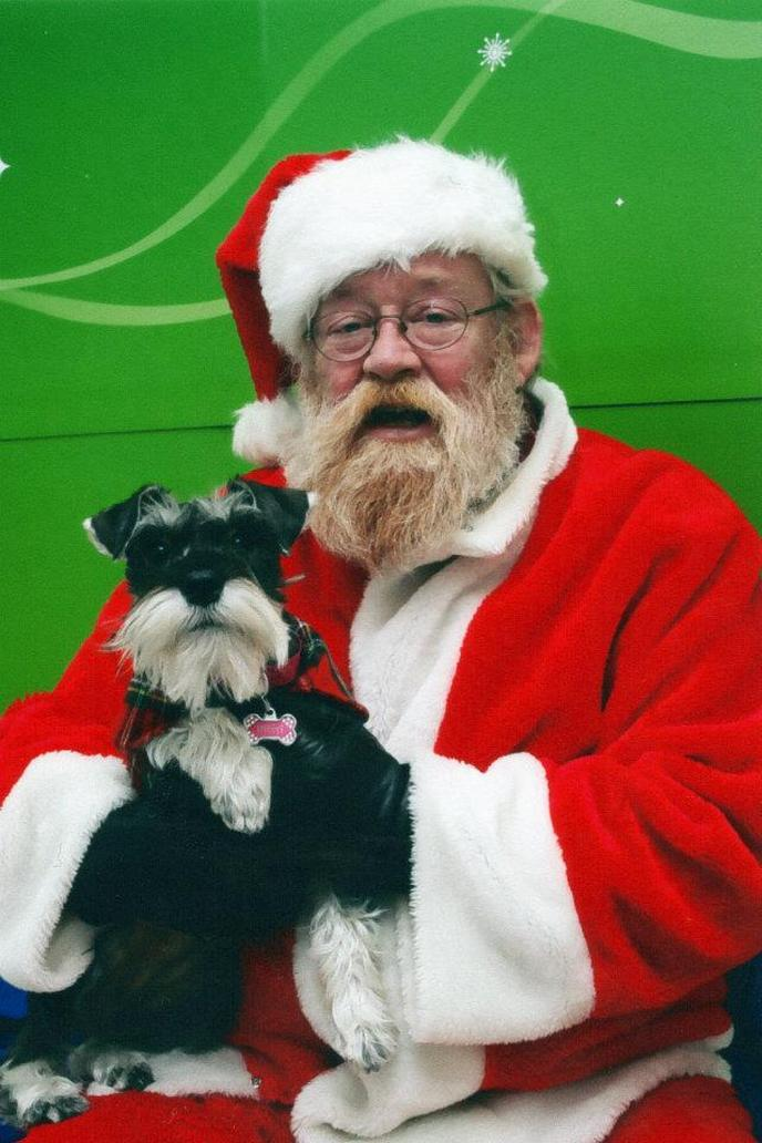 Bring your dog to the annual Santa Photo Days at PetSmart.