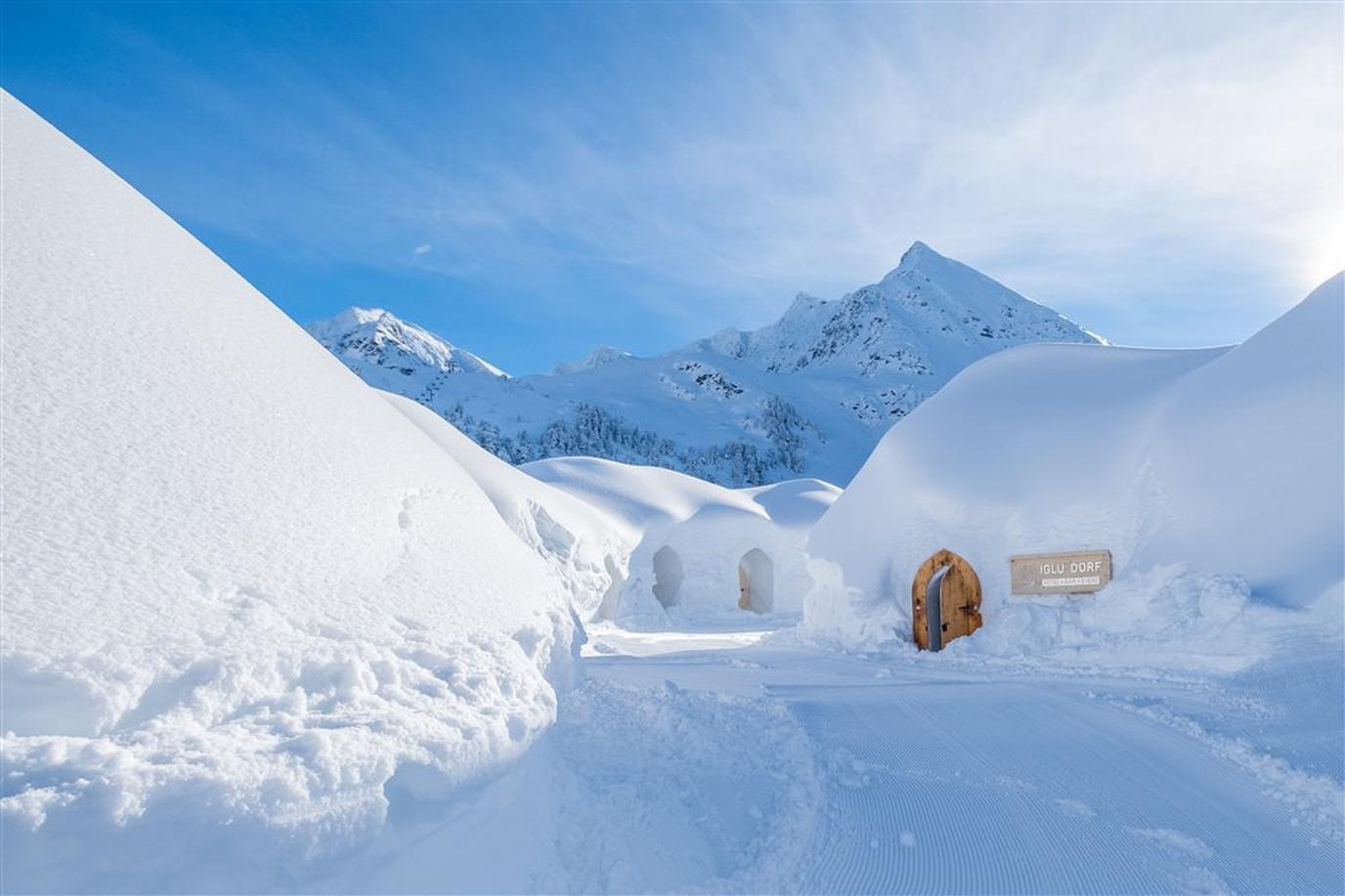 Iglu-Dorf Kühtai is the only Austrian pet-friendly igloo village across the Iglu-Dorf network.