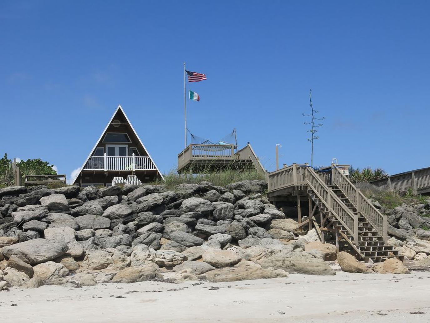 A beachfront dog-friendly home