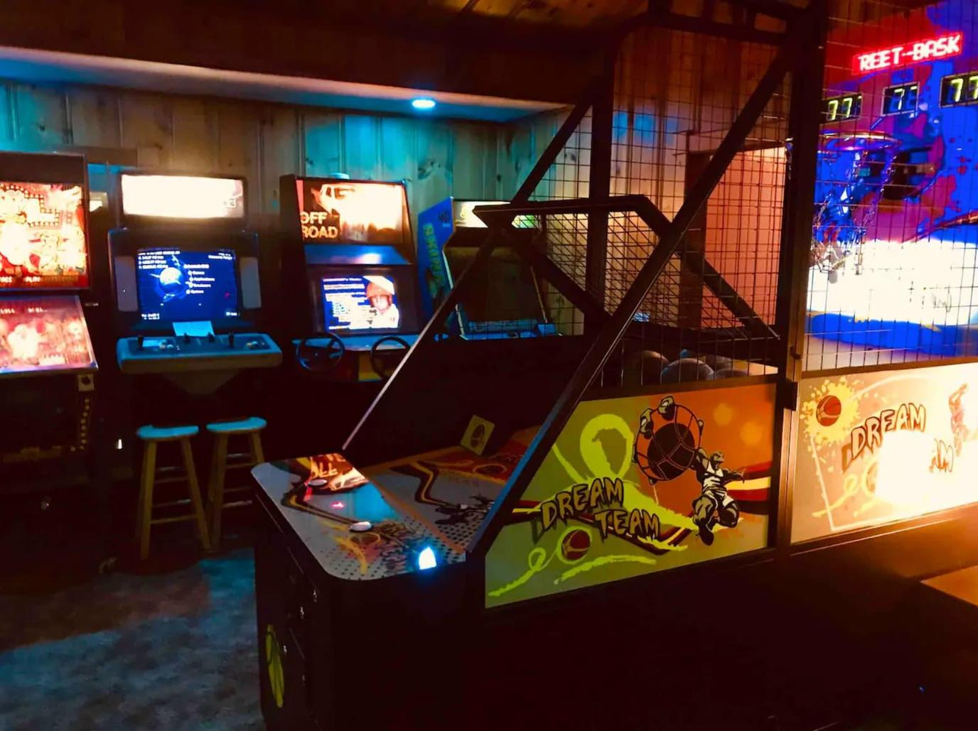 The Arcade-BnB, a Pet-Friendly Themed Vacation Rentals