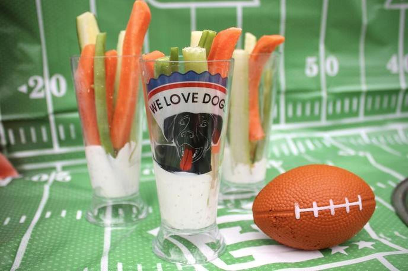 This fall celebrate college football with pet-friendly tailgate.