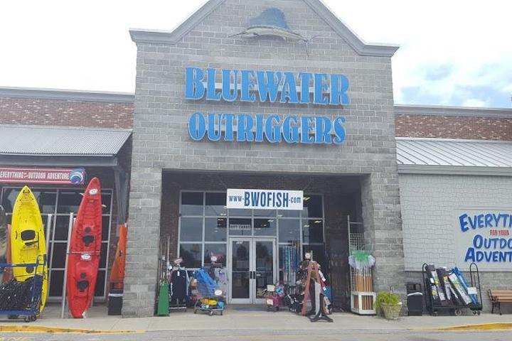 Pet Friendly Bluewater Outriggers