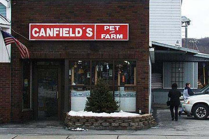 Pet Friendly Canfield's Pet & Farm