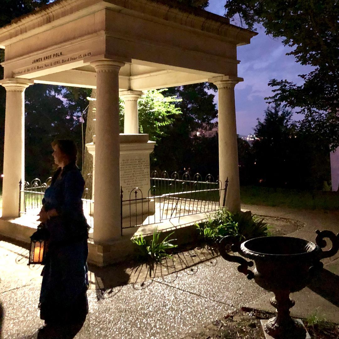 A spooky lady leads a ghost tour in dog-friendly Nashville.
