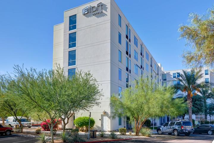 Pet Friendly Aloft Phoenix Airport