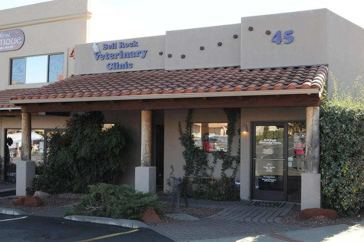 Pet Friendly Bell Rock Veterinary Clinic