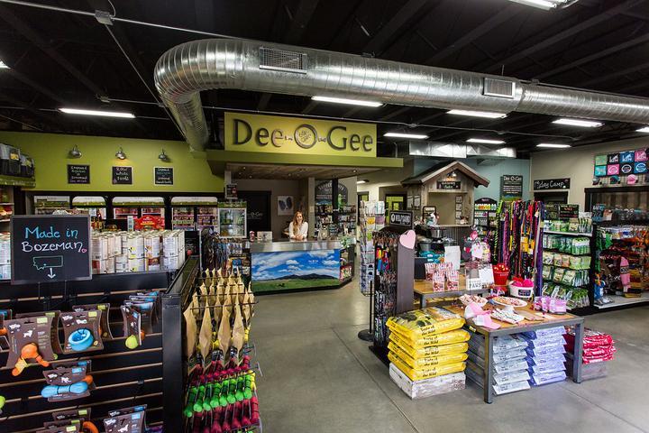 Pet Friendly Dee-O-Gee