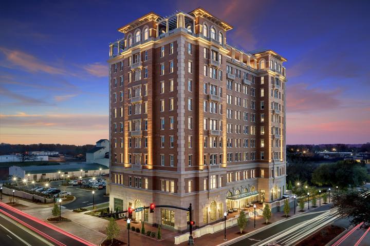 Pet Friendly AC Hotel by Marriott Spartanburg