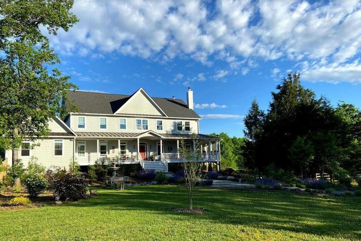 Pet Friendly Sundogs Bed and Breakfast
