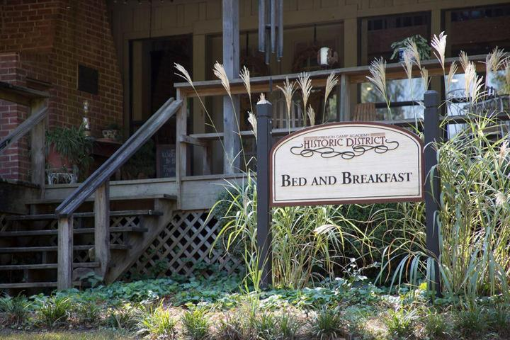 Pet Friendly French Camp Academy Bed & Breakfast