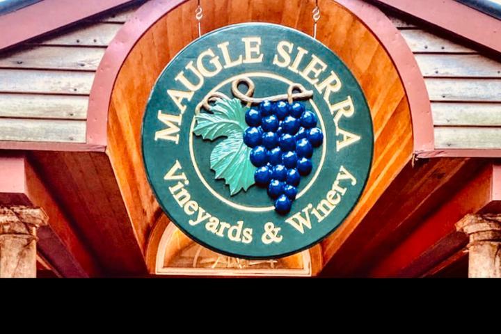 Pet Friendly Maugle Sierra Vineyards