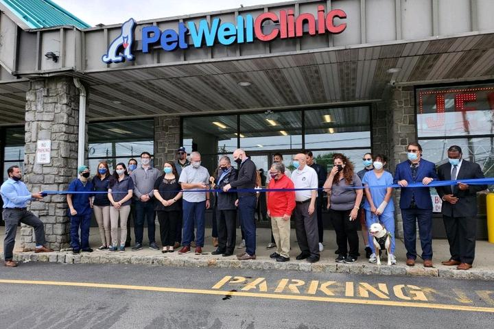 Pet Friendly PetWellClinic - Union