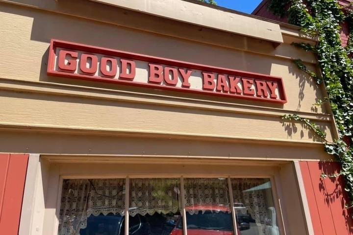 Pet Friendly Good Boy Bakery