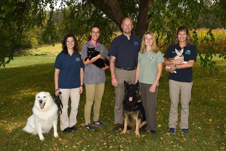 Pet Friendly Peoria Area Veterinary Group of Dunlap
