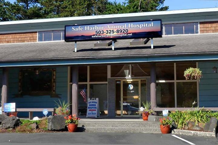 Pet Friendly Safe Harbor Animal Hospital