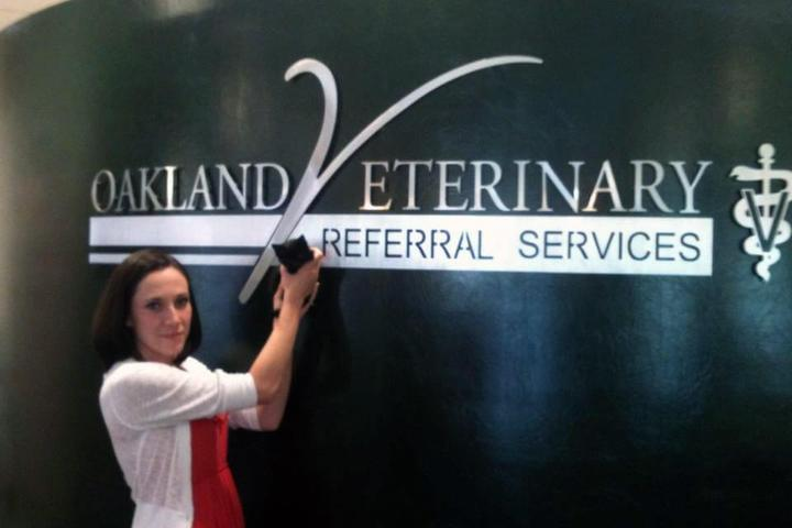 Pet Friendly Advanced PetCare Of Oakland