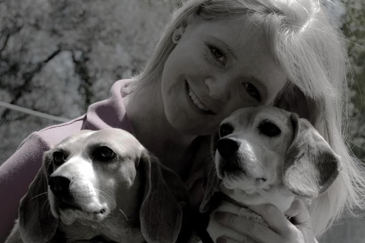 Pet Friendly Bone-A-Fide Dog Training