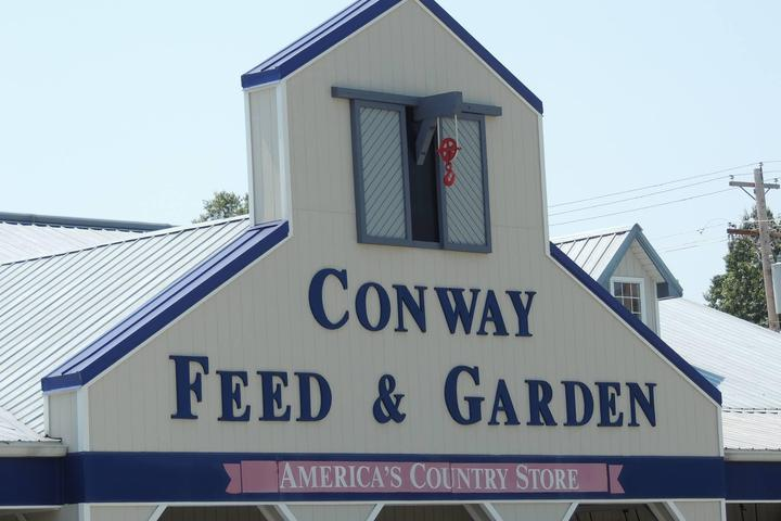 Pet Friendly Conway Feed & Garden