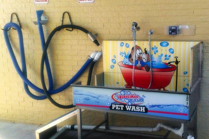 Pet Friendly Scrubby's Car and Dog Wash