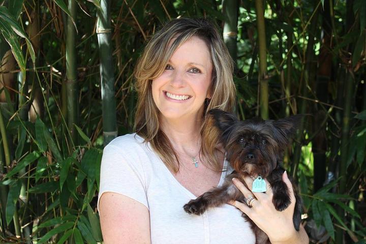 Pet Friendly Paw Prints Pet Sitting LLC
