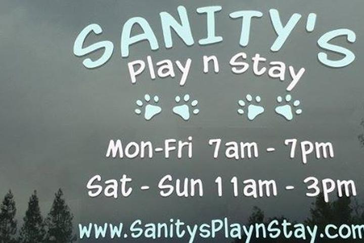Pet Friendly Sanity's Play N Stay
