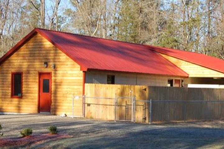Pet Friendly Country Inn Kennel and Cattery
